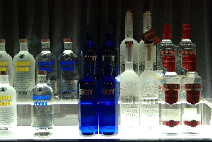One Bottle Many Drinks: Vodka Edition part1