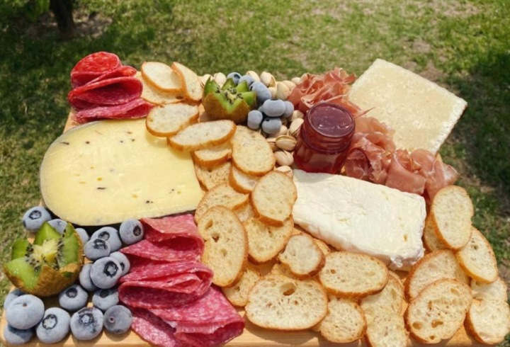 Charcuterie & Cheese Board 101